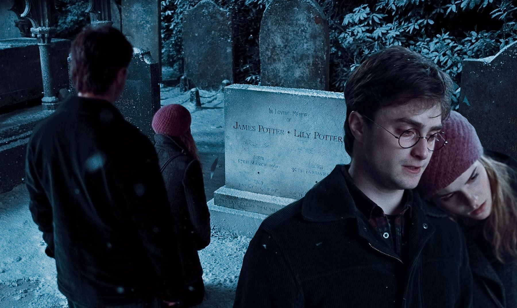 Godric S Hollow Graveyard Scene Hd Harry Potter The Deathly Hallows Harry And Hermione Harry And Ginny Yer A Wizard Harry