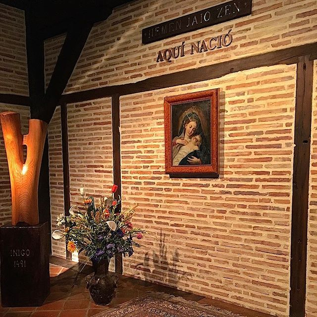 Room where Jesuits founder Saint Ignacious was born in Spain's Basque Country. Great place to visit. #chicagotripeuskadi