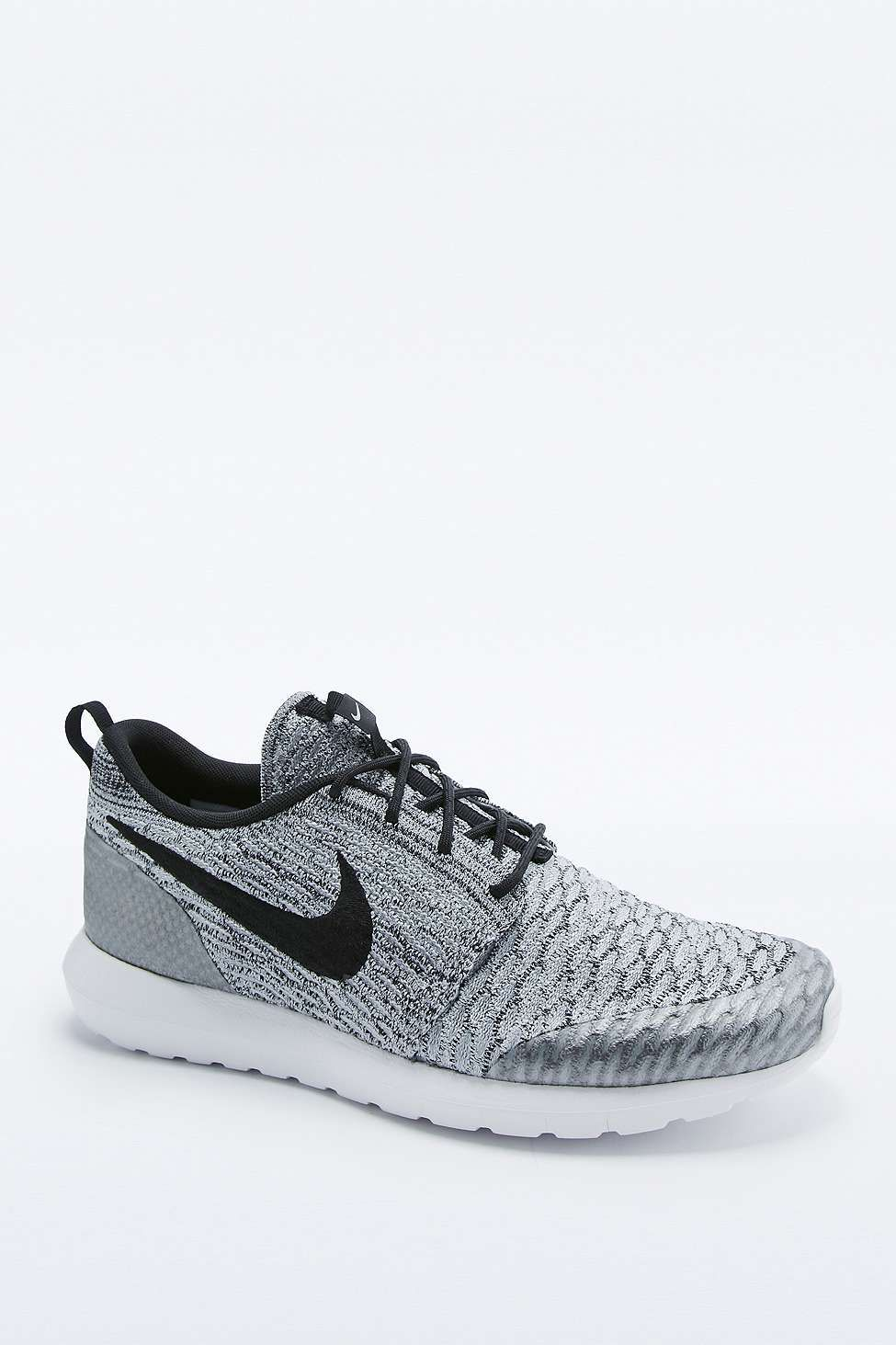 best sneakers f3aed 01229 Nike - Baskets Roshe NM Flyknit grises