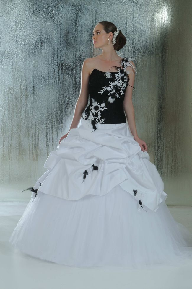 Annie couture   Bridal gown   Pinterest   Bridal gowns, Couture and ...