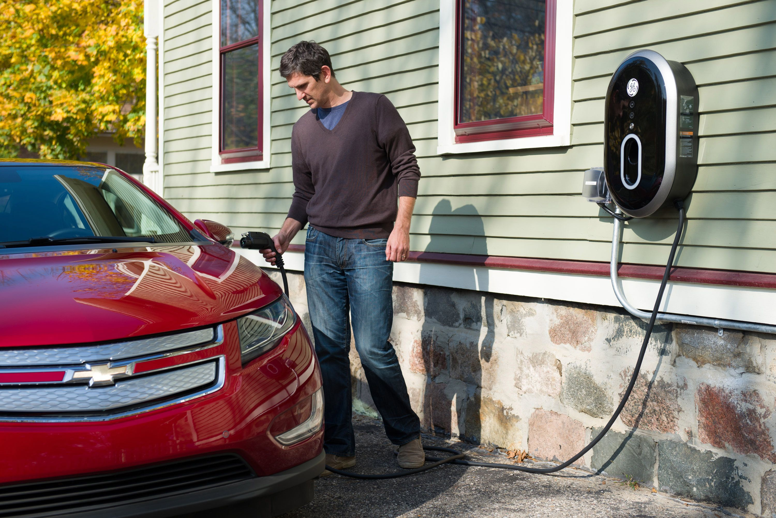 Really Fast Electric Car Charging Stations Coming To A Walmart