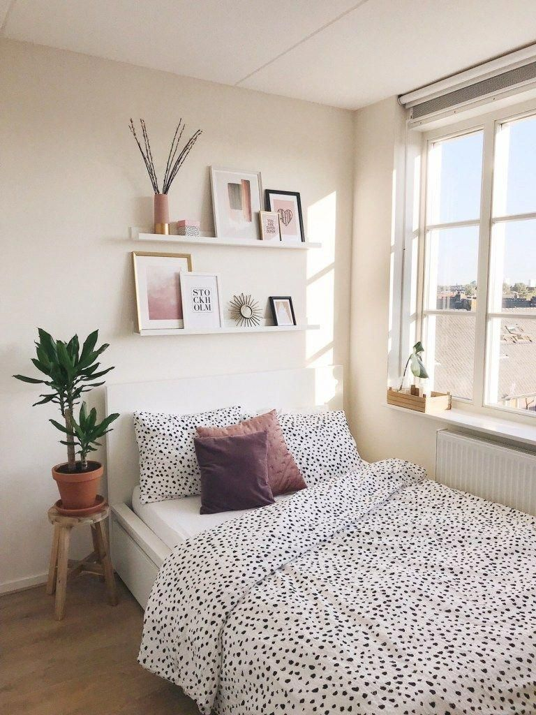 Snapshots - Woonkamer en Slaapkamer (Update!) - September Second #minimalistbedroom #bedroominspirations