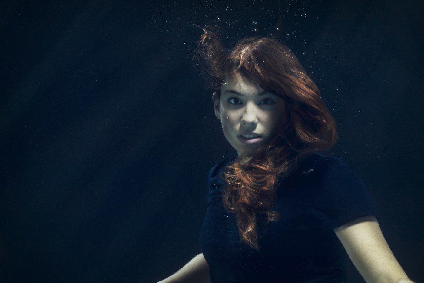 Shooting Underwater ©Jean Luis De Heeckeren