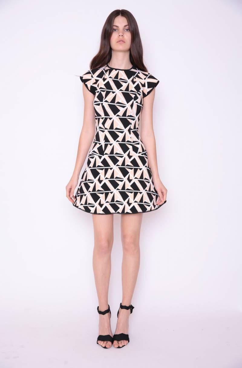 ac881a1d3 O Vestido de Tricot é uma ótima opção para looks mais fresquinhos,  elegantes e femininos