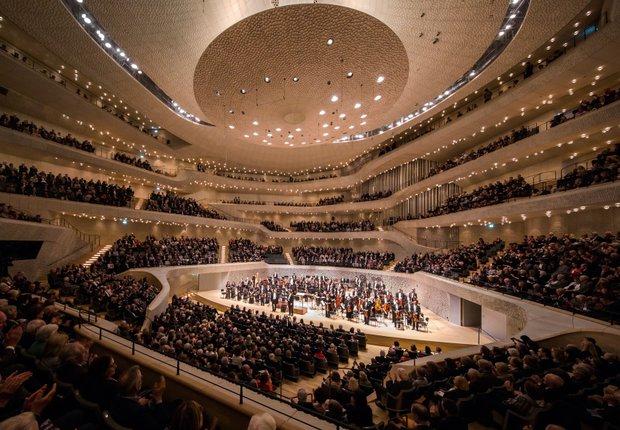 Pin Von Ostseeblume Ostseeblume Auf Lovely In 2020 Kleiner Saal Hamburg Konzert