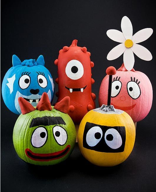 30 Funny Faced Halloween Pumpkin Drawings and Painting Ideas - halloween pumpkin painting ideas