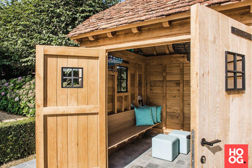 Luxe houten bijgebouw bij zwembad tuin ideeën tuin ontwerp