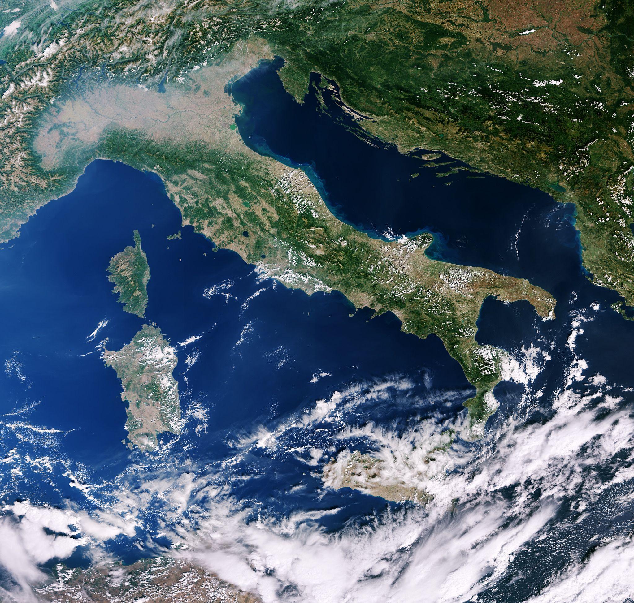 Italy And Mediterranean Elba Italien Italien Und Weltall