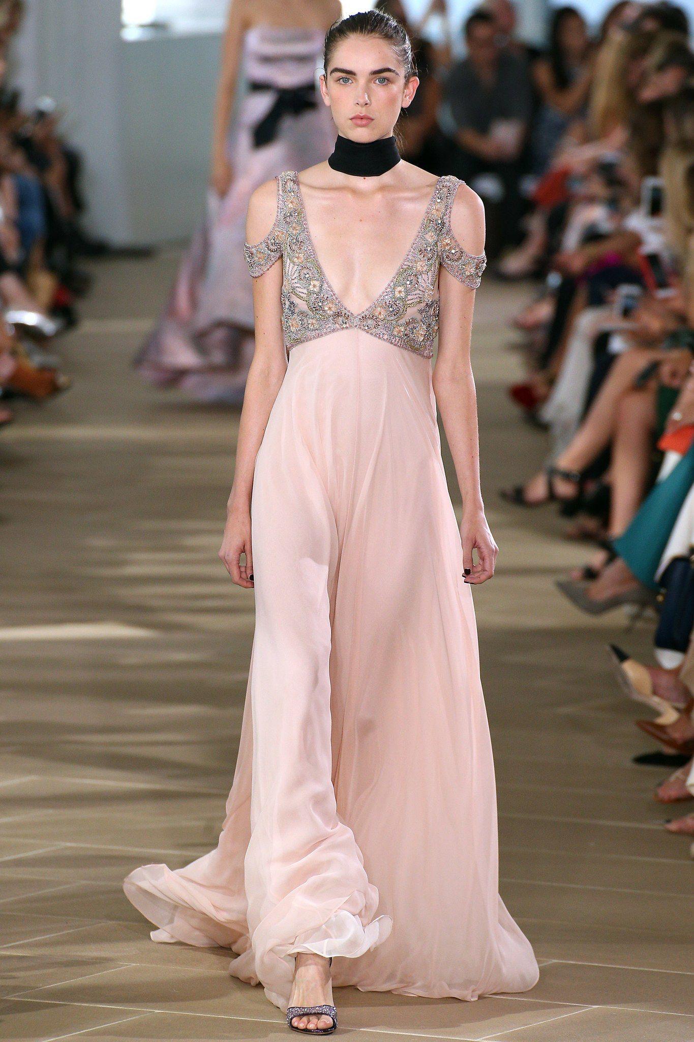 Monique Lhuillier Spring 2017 Ready-to-Wear Fashion Show | Vestidos ...