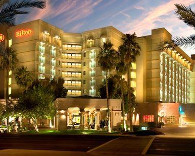 Hilton Phoenix East Mesa Az Hotel Exterior Night 85210