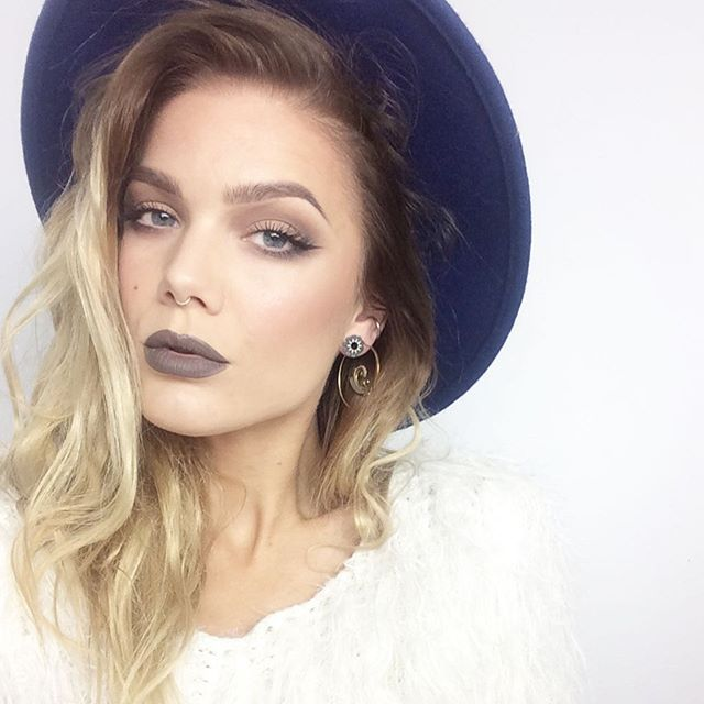 linda hallberg instagram