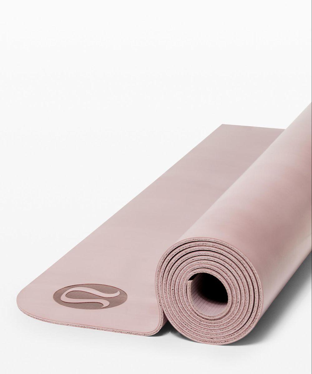 Die Wendematte 5mm in 2020 Yoga mats design, Yoga women
