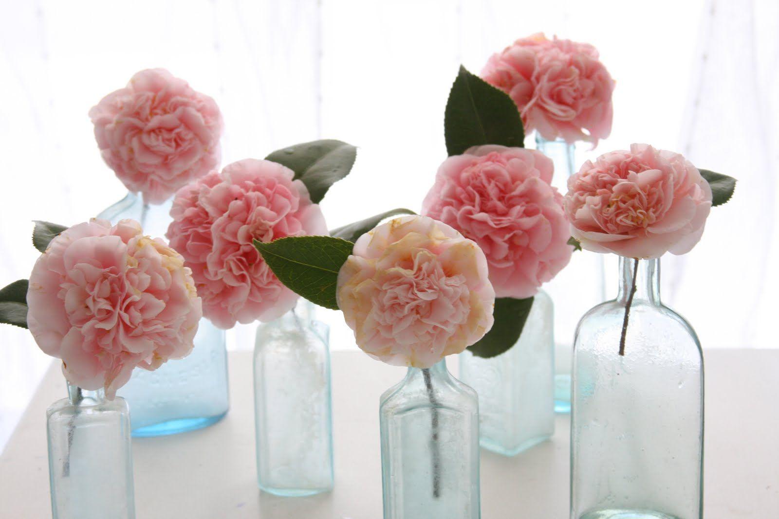 love the single flower :)