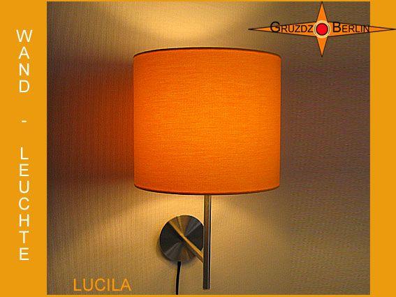 Hier sehen sie unsere Wandleuchte LUCILA, Ø 25 cm, mit eingeschalteter Beleuchtung. In einem sonnen- strahlenden Gelb präsentiert sie sich. Die Wandleuchte LUCILA ist so schön und angenehm wie ein klarer, warmer Sommertag und  zaubert mit ihrer weichen, weißen Lichtfarbe einen Wohlfühlfaktor in den Raum.