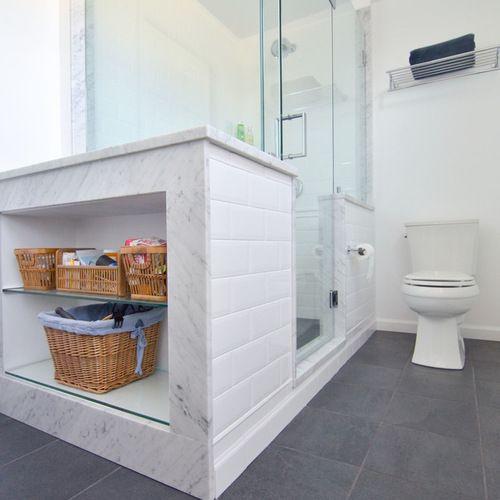 Diseño de cuarto de baño principal, minimalista, grande, con ...