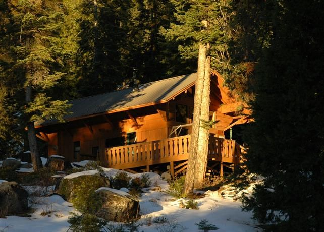 Stay For Up To Eight With Pie And Daily Breakfast At Silver City Mountain Resort In Sequoia National Park