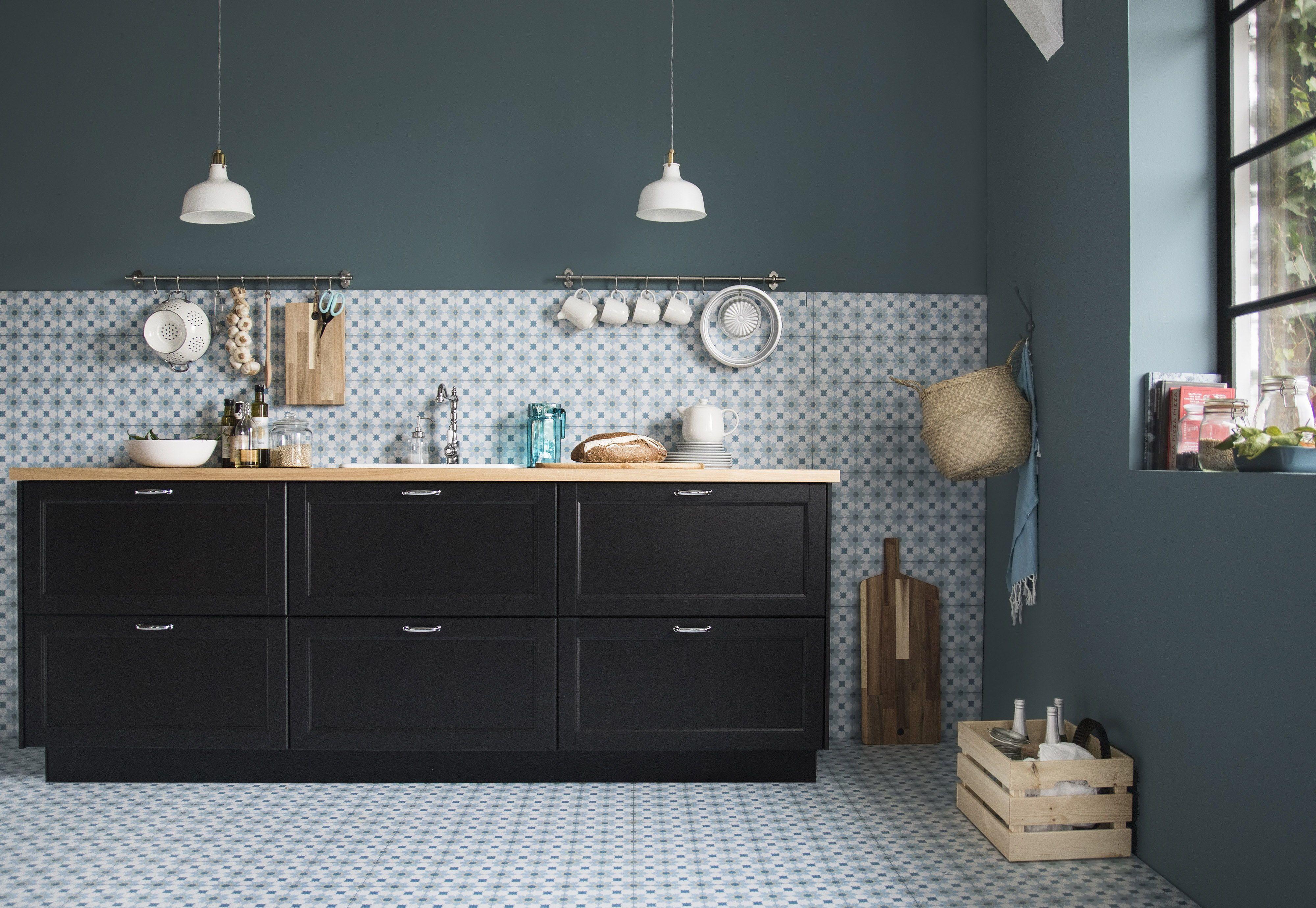 Keuken Tegels Ikea : Lerhyttan deur zwart gelazuurd ikea kitchens
