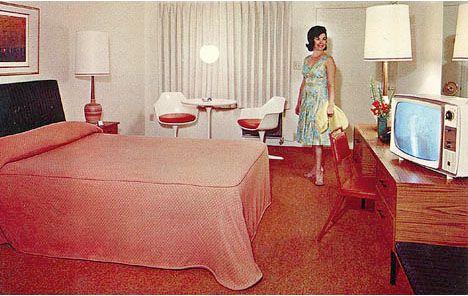 Vintage 1960s postcard sugar loaf lodge in florida for Vintage hotel decor