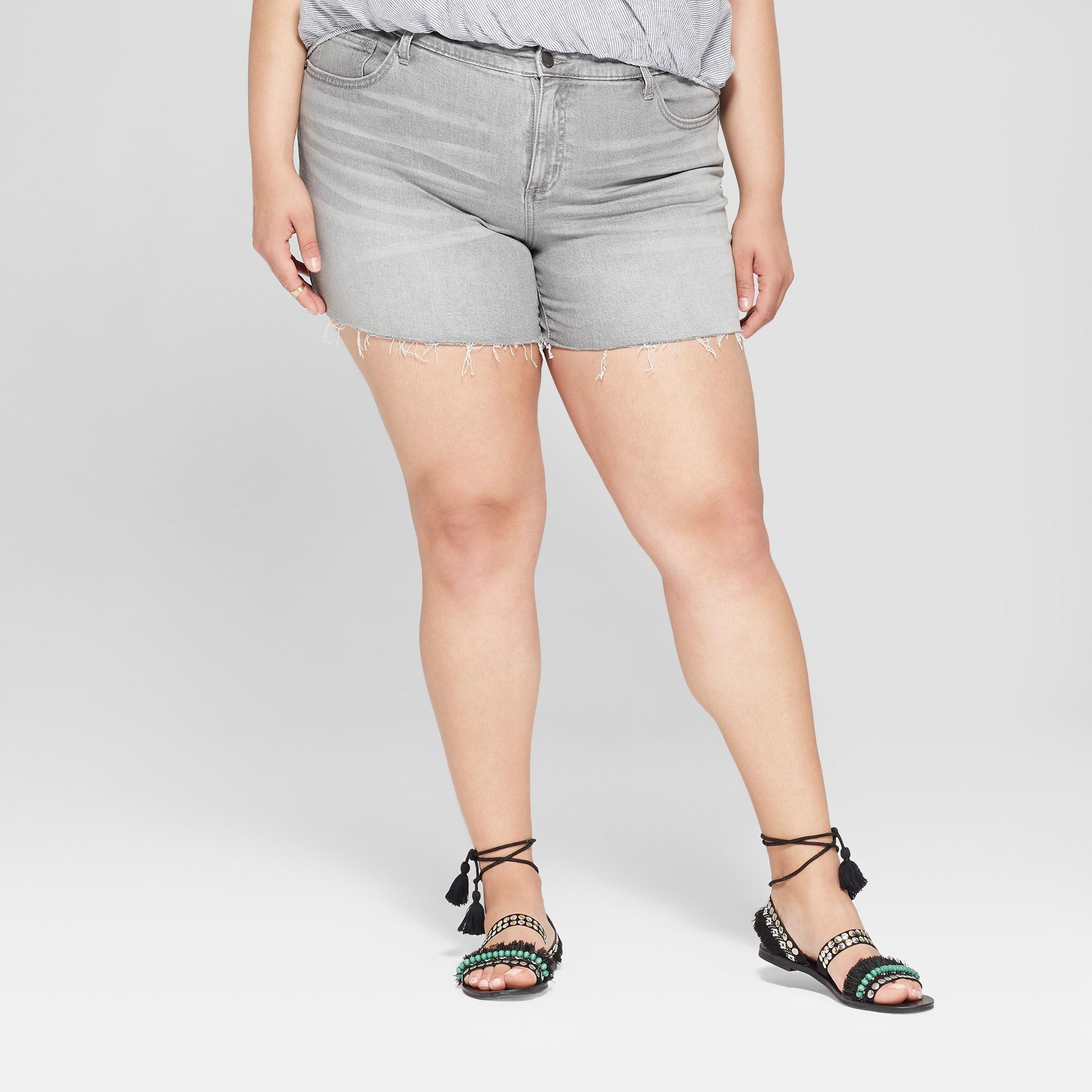 8892549dba0d6d Women's Plus Size Raw Hem Boyfriend Shorts - Universal Thread Gray Wash 14W