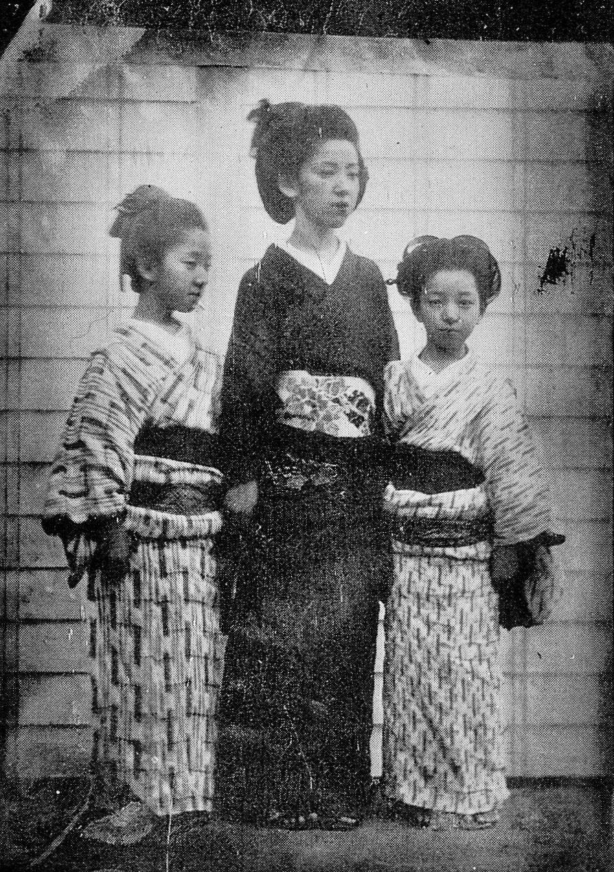 1863年以降に撮影と推測されるが、撮影者も不明。島津斉彬の三女てる姫 ...