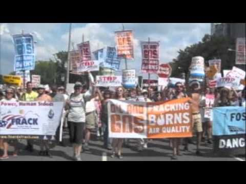On Saturday July 28th More Than 5 000 People Rallied On The West Lawn Of The Capitol In Washington Dc And Then Marched Through The Stree Attack Frack Rally
