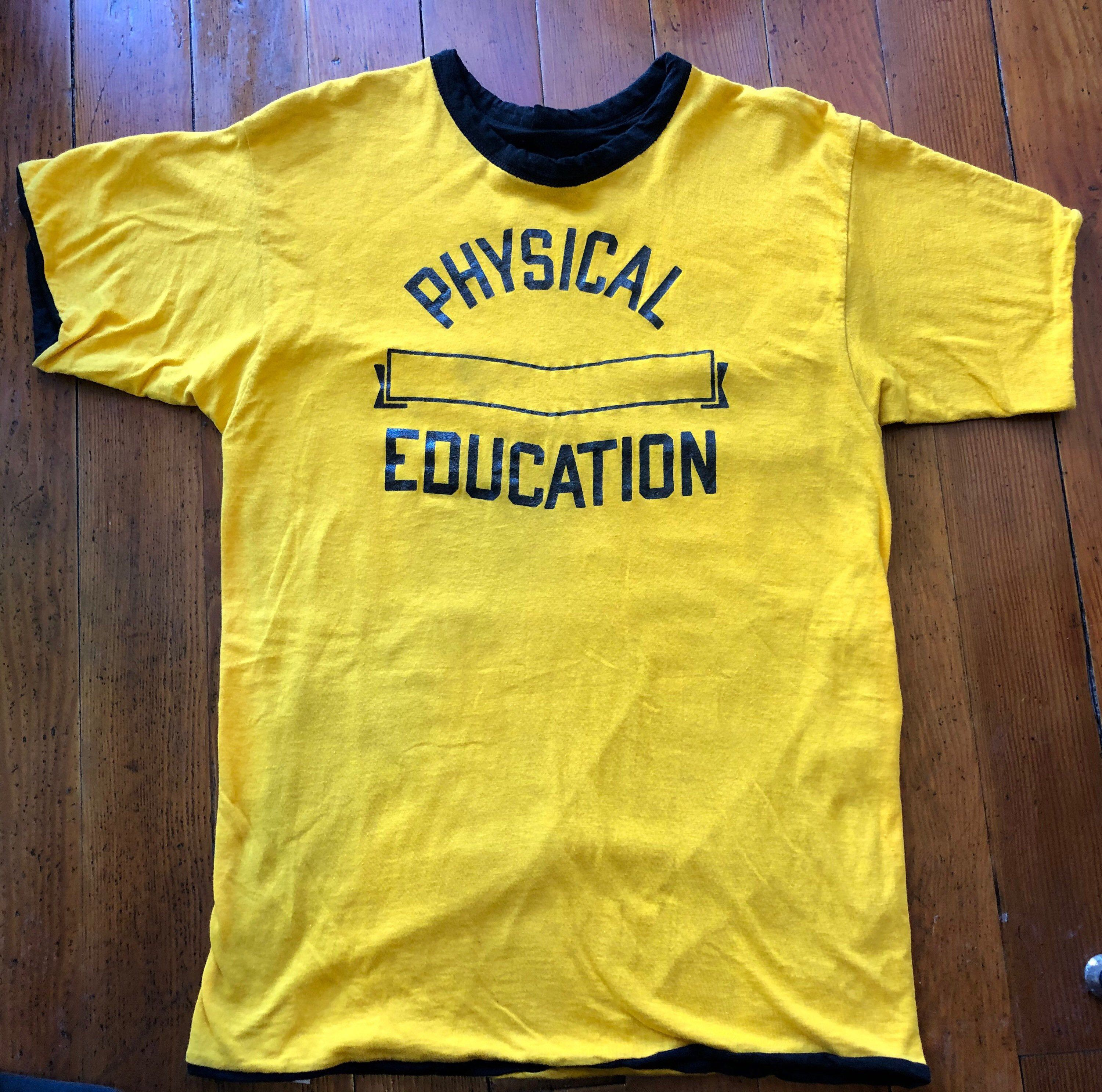 Vintage 70 S Champion Physical Education T Shirt 70 S Champion Gym Reversible Yellow T Shirt 70s Vintage Phy Ed Te In 2020 70s T Shirts Graphic Shirts Yellow T Shirt