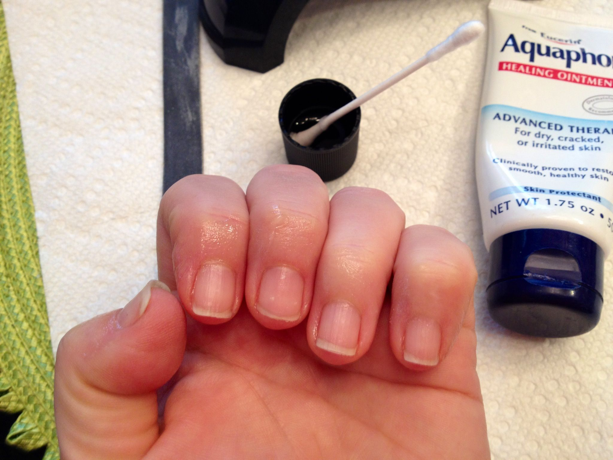 Urbancountrystyle 10 tips for a perfect at home gel manicure urbancountrystyle 10 tips for a perfect at home gel manicure country homes diy solutioingenieria Images