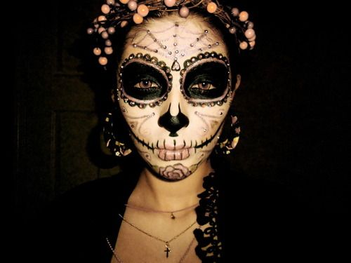 Gorgeous Day of the Dead makeup look from Dehsarae M.! | Dia de ...