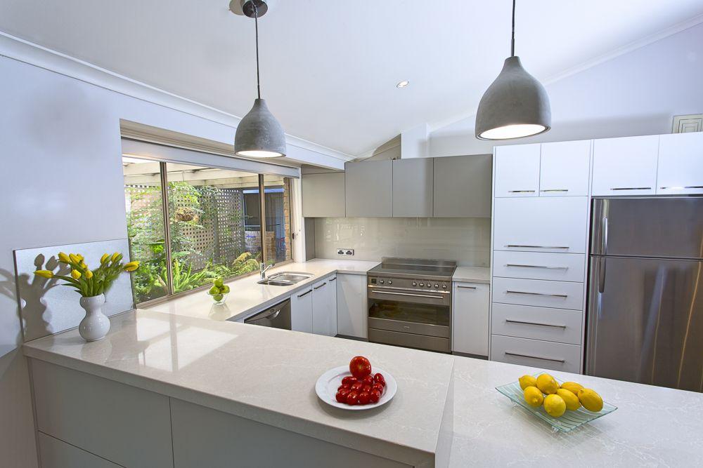 Caesarstone gallery kitchen bathroom design ideas for Kitchen benchtop ideas