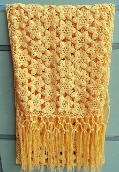 Cachecol de crochê com flores | blusas de tri e cro | Pinterest ...