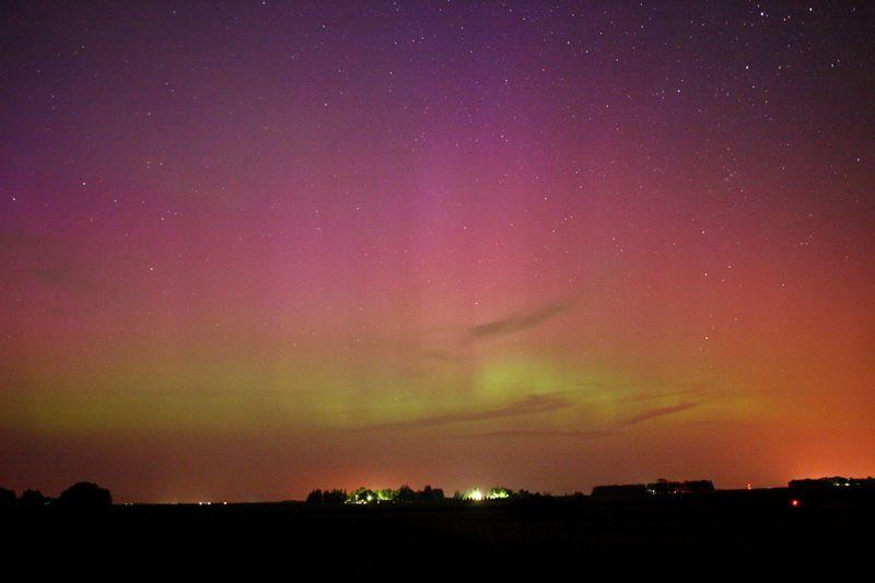 Auroras boreales en Grafton, Iowa, USA.-