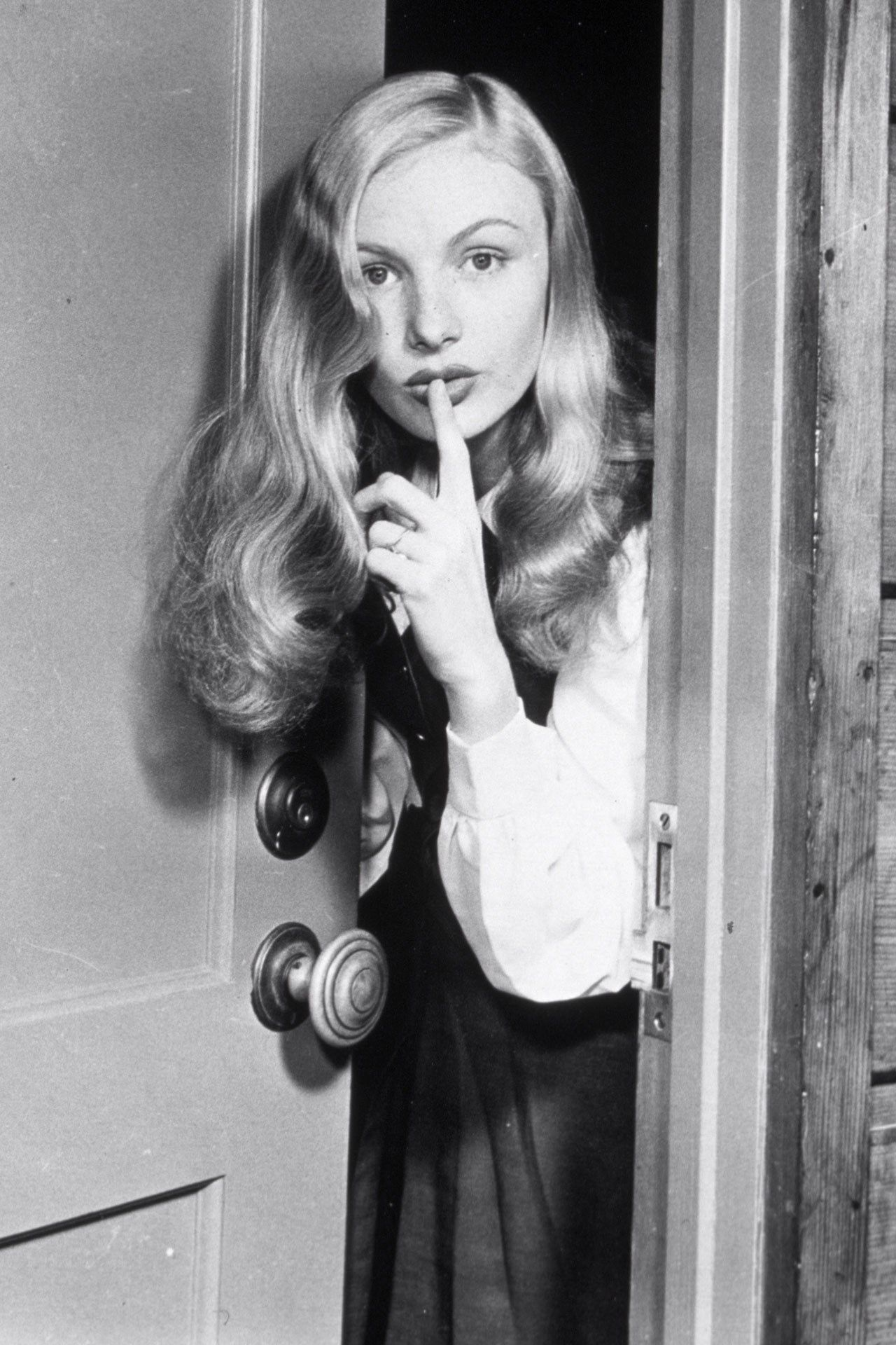 Filmus most influential hairstyle veronica lake veronica and lakes