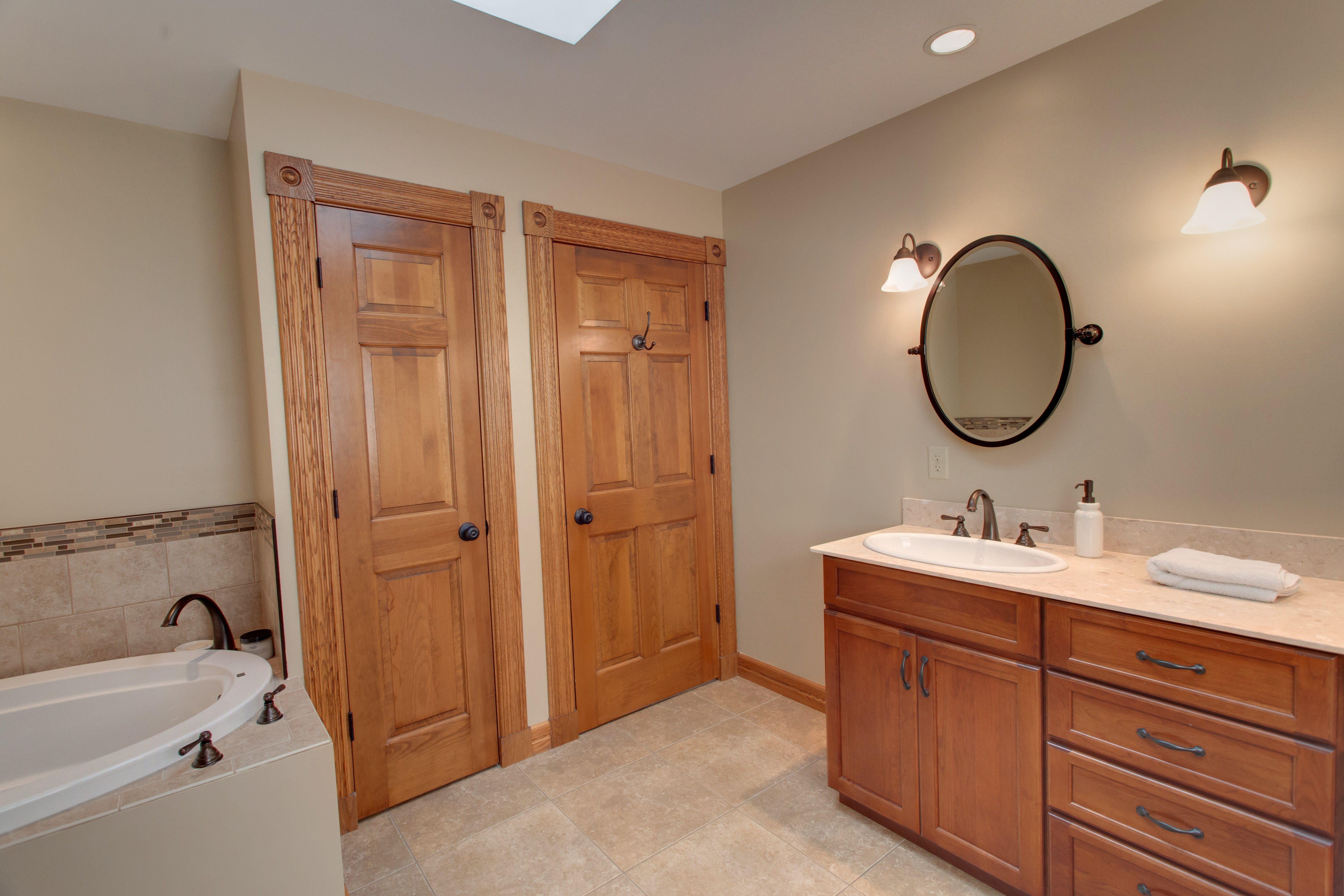 Bathrooms Tony Trapp Remodeling Repair Www Tonytrappllc Com Bathroom Remodel Bathroom Mirror