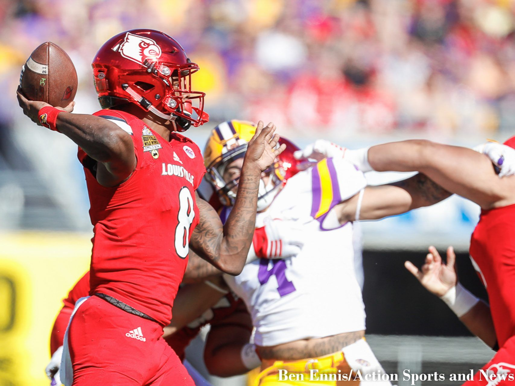 The Game Was Billed As A Chess Match Of Wits Between The Masterminds One The Offensive Genius The Louisville Head Coach Bobby Petri In 2020 One Team Lsu Bobby Petrino