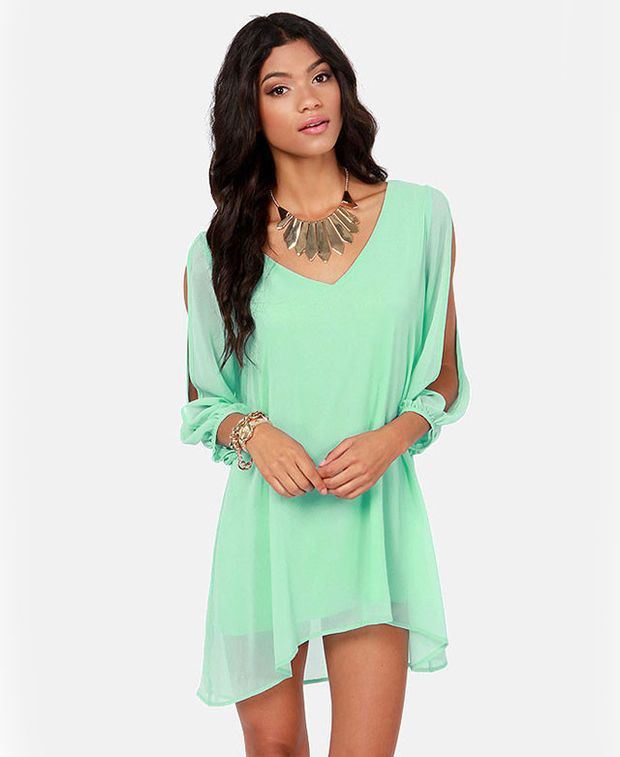 aed6d9bff6 Mint Green V-Neckline Loose Fitting Mini Chiffon Dress with Sleeves Slit