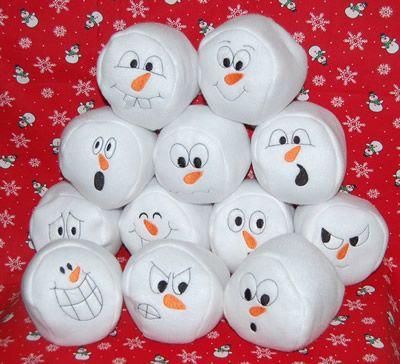 Snowman Pom Pom Wreath
