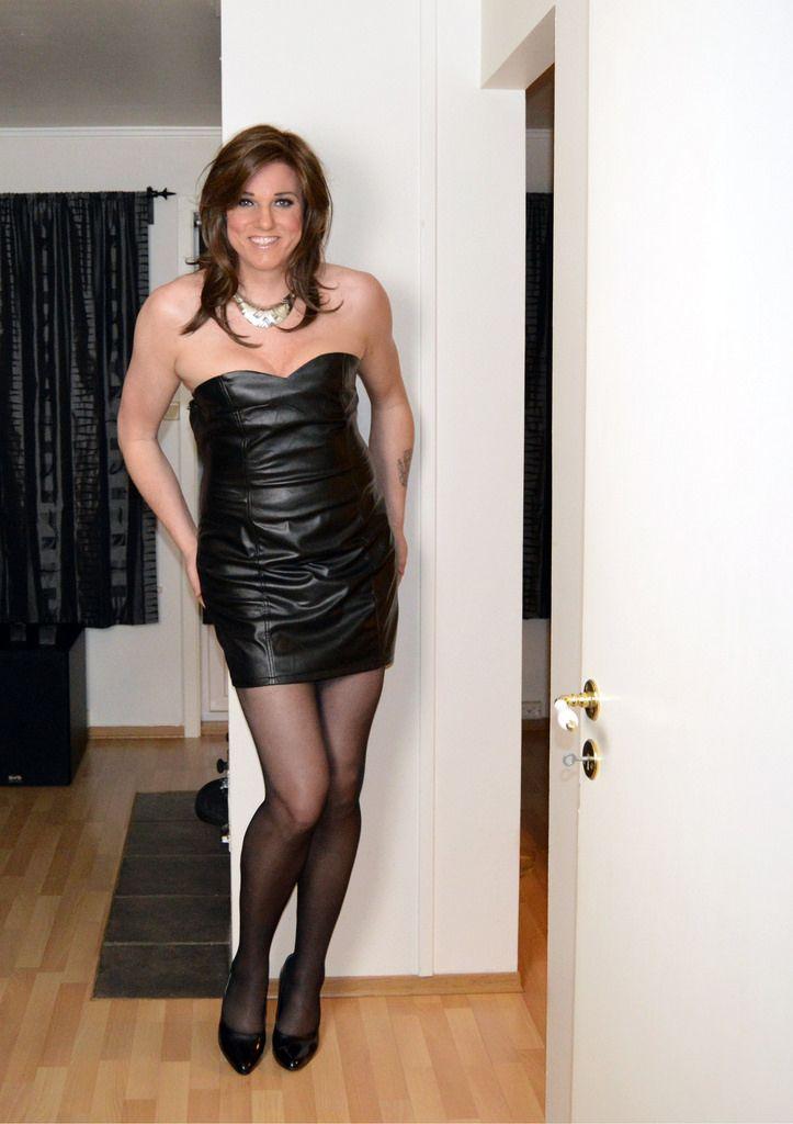 Tranny in dress photos