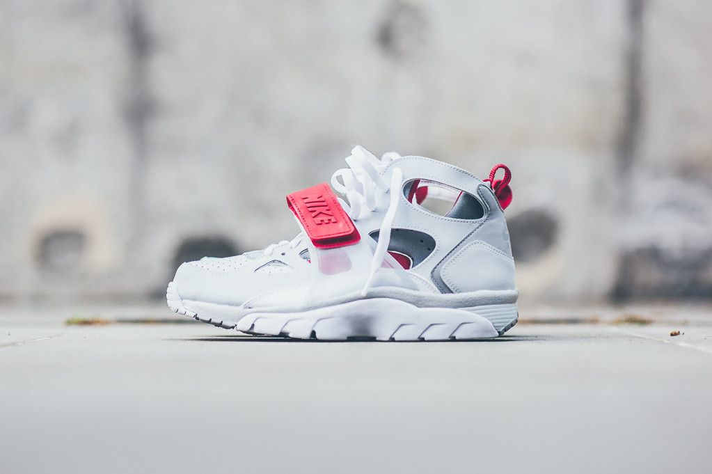 3914194659200 Nike Air Trainer Huarache