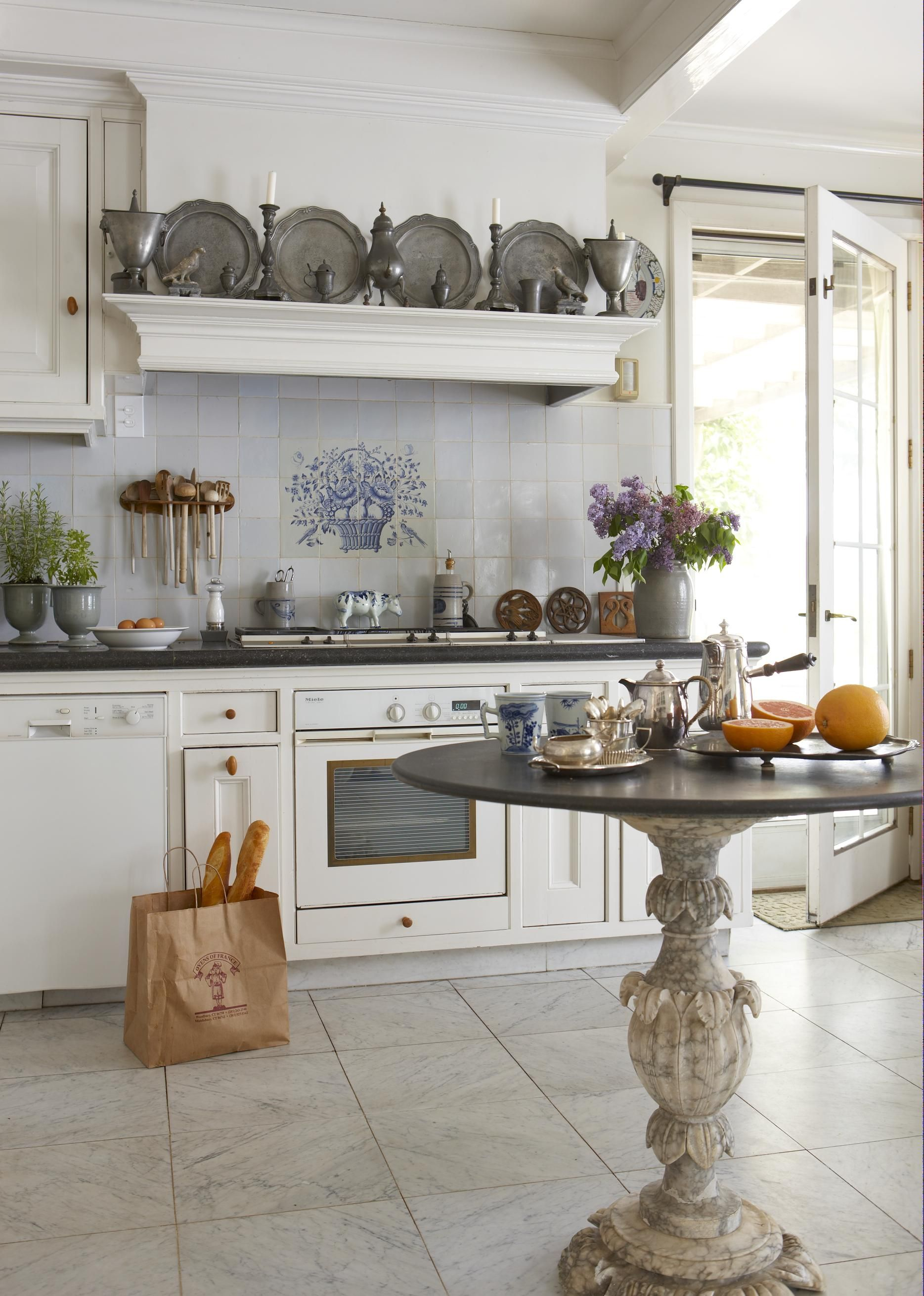 P14 Fabulous Country French Kitchens To Get Your Design Wheels Awesome French Kitchen Design Decorating Inspiration