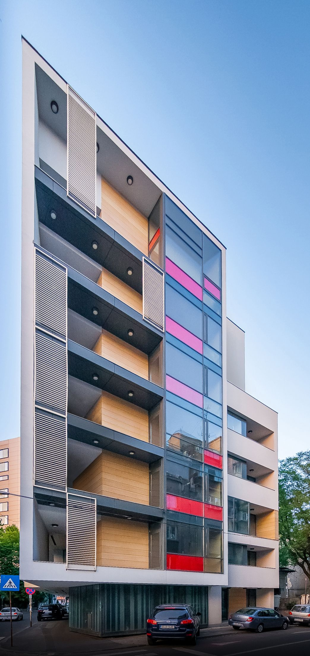 Project 7 storey office building location batistei 34str bucharest gross area