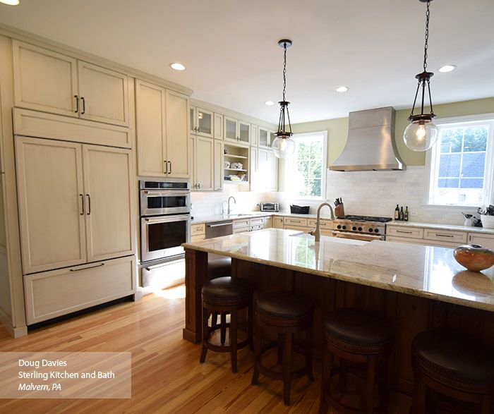 Glazed White Kitchen Cabinets: Let Beautiful Glazes Accentuate The Beauty Of The