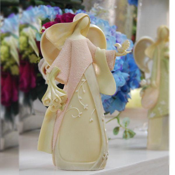 Aliexpress.com: Compre Especiais europeus mediterrânica criativa de artesanato de resina anjo decorações ornamentos presente de casamento de confiança país presentes artesanais fornecedores em You look like.