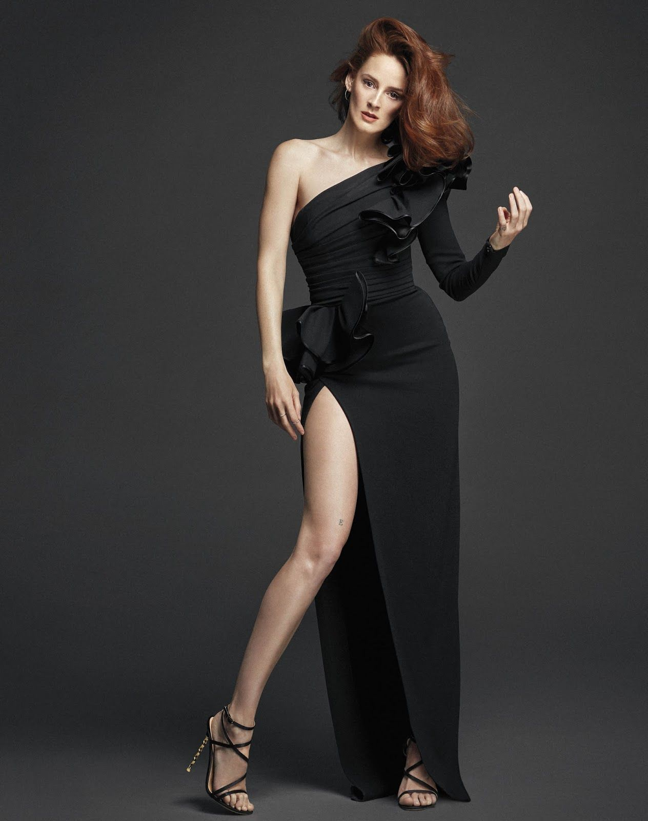 Ana Maria Polvorosa Color Negro Desnudos