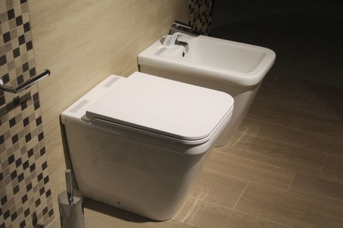 How To Use A Bidet Toilet The Best Way Bathroom Essentials