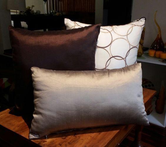 Dise os de cojines decorativos para tu sala de estar - Cojines para sillones ...
