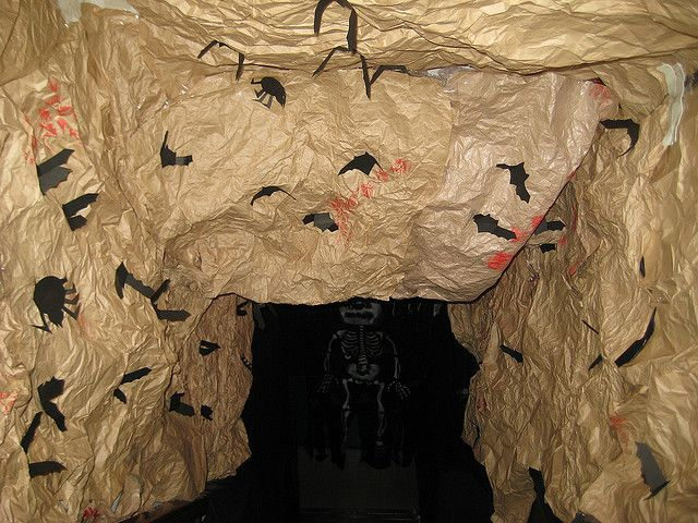 08 halloween Hunted House by jentutu, via Flickr Halloween ideas - halloween haunted house ideas