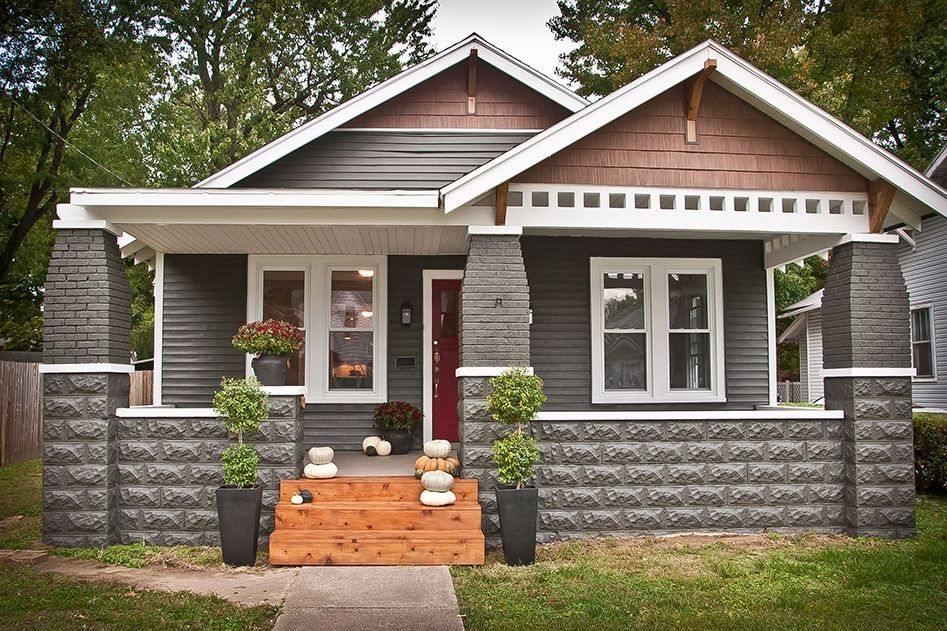Best Craftsman Style Home Exteriors Four White Window Along 640 x 480