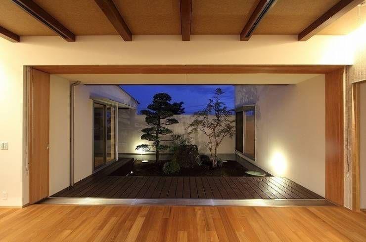 Yokono ARC: 平林繁・環境建築研究所が手掛けたtranslation missing: jp.style.庭.modern庭です。