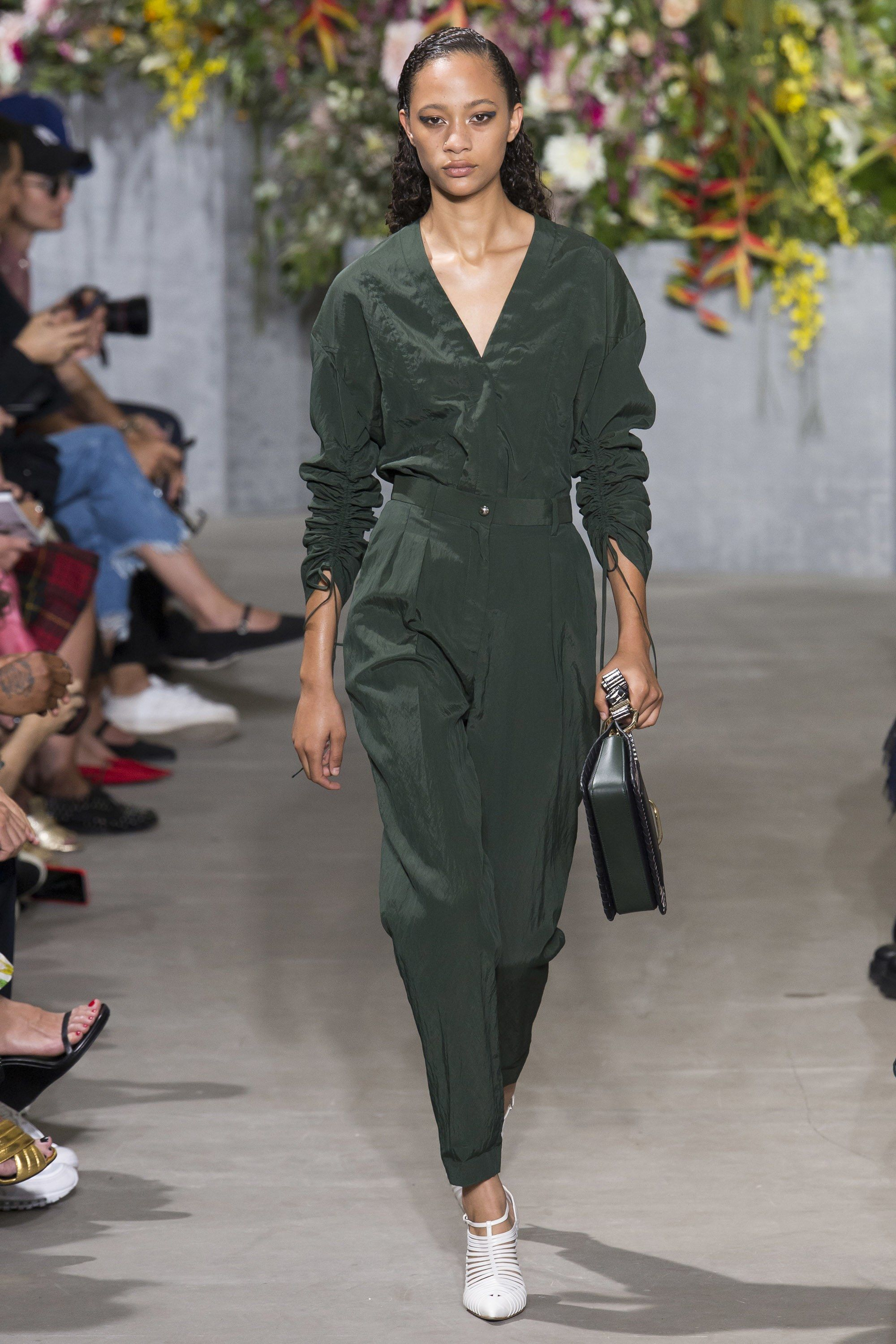 Jason Wu Spring 2018 Ready-to-Wear Undefined Photos - Vogue