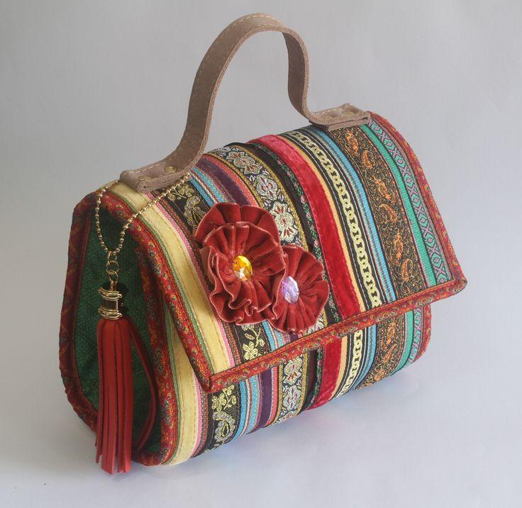 Cómo hacer una bolsa de retazos hecha a mano